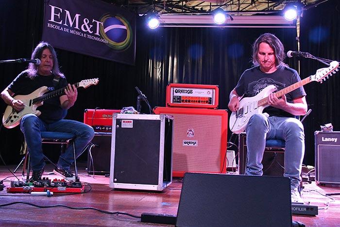 edu ardanuy e faiska improvisando solos de guitarra blues